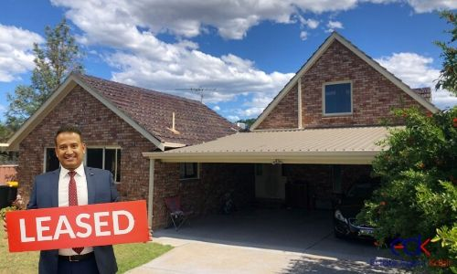 House-Leased in Minto NSW 4
